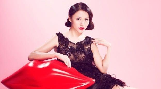 GD sang tao khang dinh MV cua Van Mai Huong khong dao nhai hinh anh