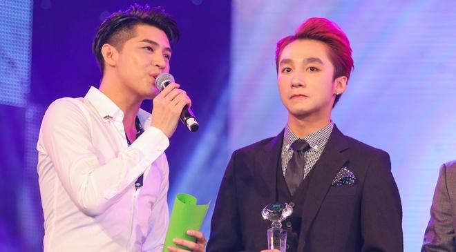 Son Tung M-TP, Tien Tien lap hattrick tai Lan Song Xanh 2015 hinh anh