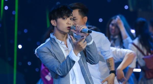 Duong Khac Linh nhan xet Soobin Hoang Son giong... bot giat hinh anh