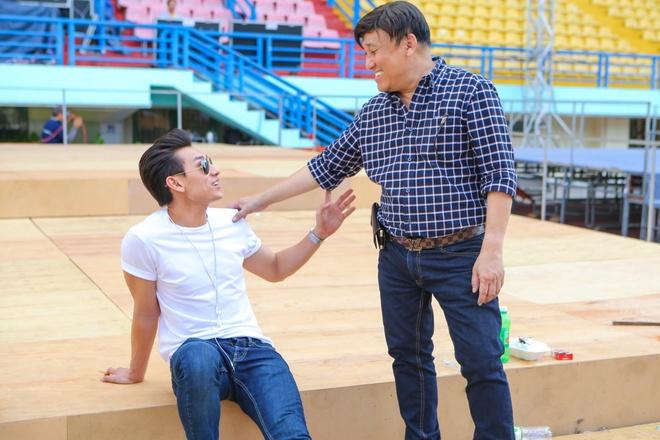 Hoai Lam tap luyen giua troi nang cung Dan Truong hinh anh 6