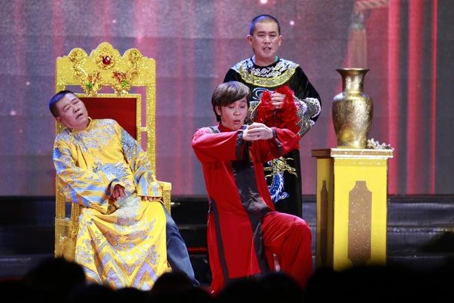 4.000 khan gia chen lan vao xem show Hoai Linh hinh anh 2