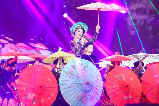 Ha Ho khen Maya co nhieu nang luc hinh anh 1