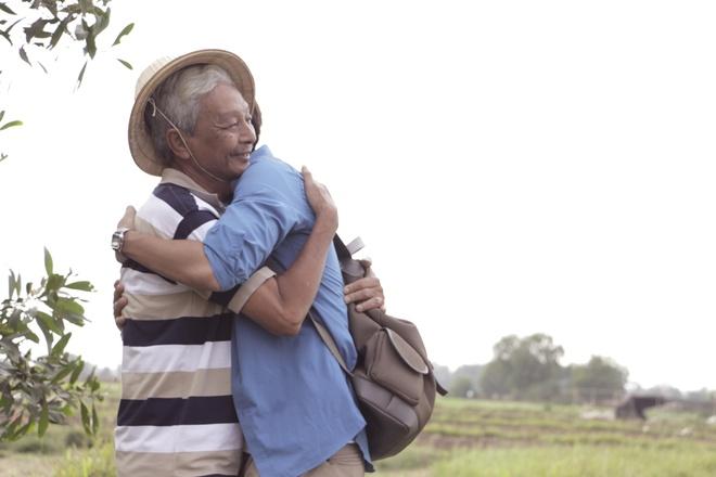 Jun Pham (365) moi 'co giao Khanh' dong chung MV don Tet hinh anh 4