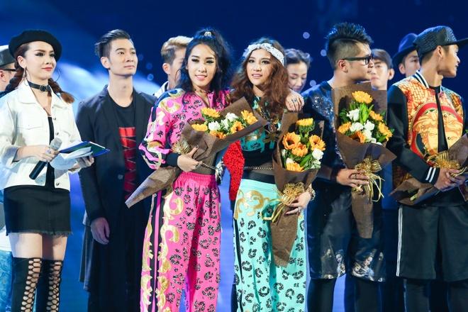 Hoang Thuy Linh, Huong Tram do suc nong tai The Remix hinh anh 3