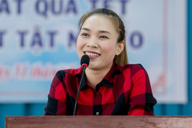 My Tam tang qua nguoi khuyet tat ngheo o Tien Giang hinh anh 2