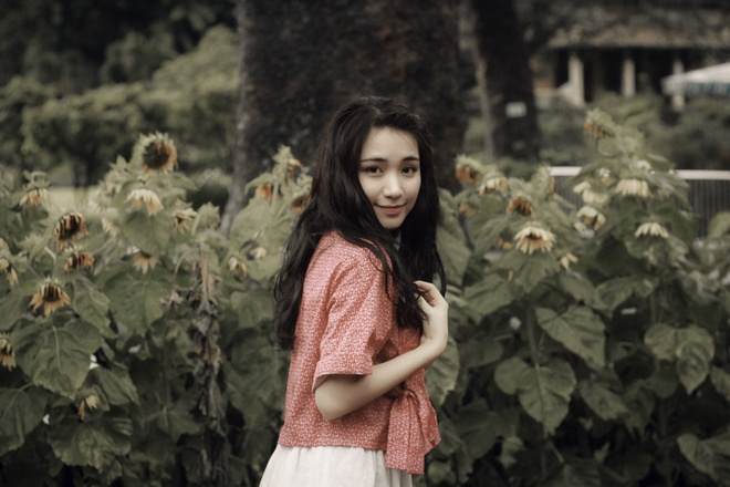 Tu Nhien Buon -Hoa Minzy hinh anh