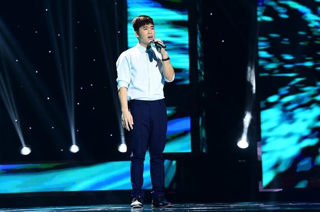 Hot boy 18 tuoi khien Quang Linh thich thu khi hat bolero hinh anh 1