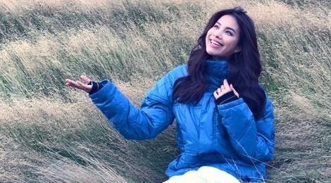 Pham Huong hat 'Toi thay hoa vang co xanh' o New Zealand hinh anh