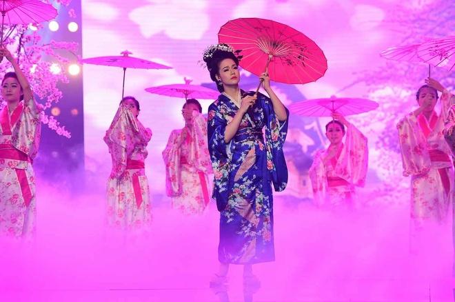 Nhat Kim Anh lam geisha hat bolero hinh anh 1