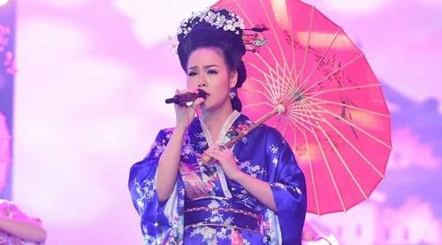 Nhat Kim Anh lam geisha hat bolero hinh anh
