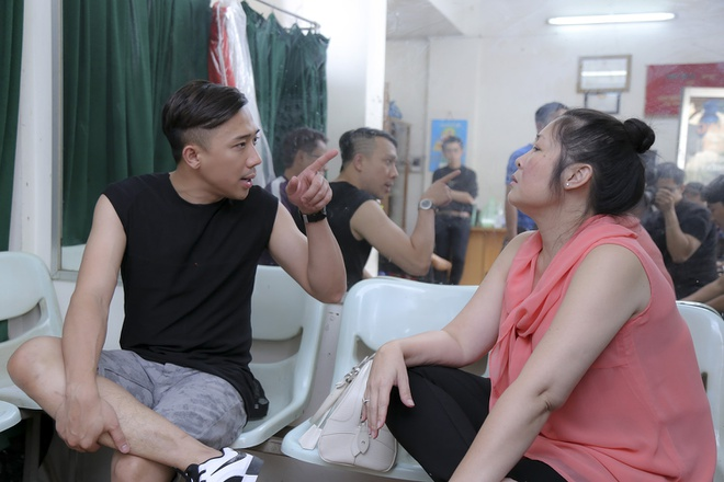 Tran Thanh cang thang tap luyen cho live show hinh anh 5