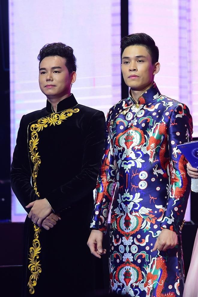 Quang Linh bi Dan Truong che chieu cao co han hinh anh 17