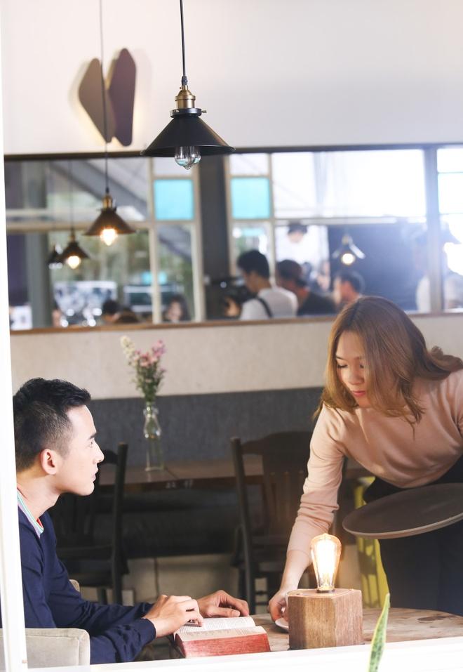 My Tam viet tiep chuyen tinh voi Luong The Thanh trong MV hinh anh 2