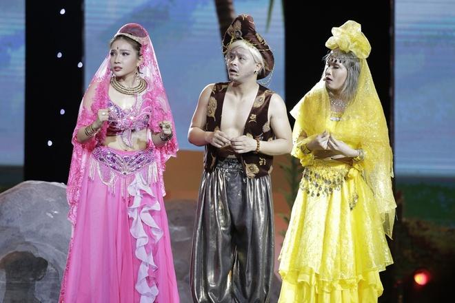 Tran Thanh muon cuoi nguoi nhu Hari Won trong live show hinh anh 4