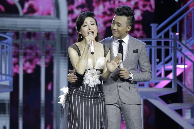 Tran Thanh muon cuoi nguoi nhu Hari Won trong live show hinh anh 14