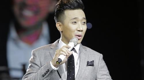 Tran Thanh muon cuoi nguoi nhu Hari Won trong live show hinh anh