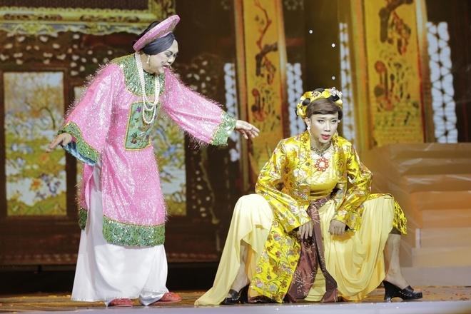 Tran Thanh muon cuoi nguoi nhu Hari Won trong live show hinh anh 8