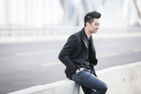 SlimV: 'Hoang Touliver khong phai doi thu cua toi' hinh anh 3