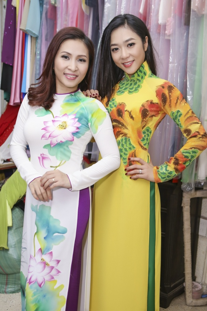 Huong Thuy thu ao dai cho live show Manh Quynh hinh anh 7