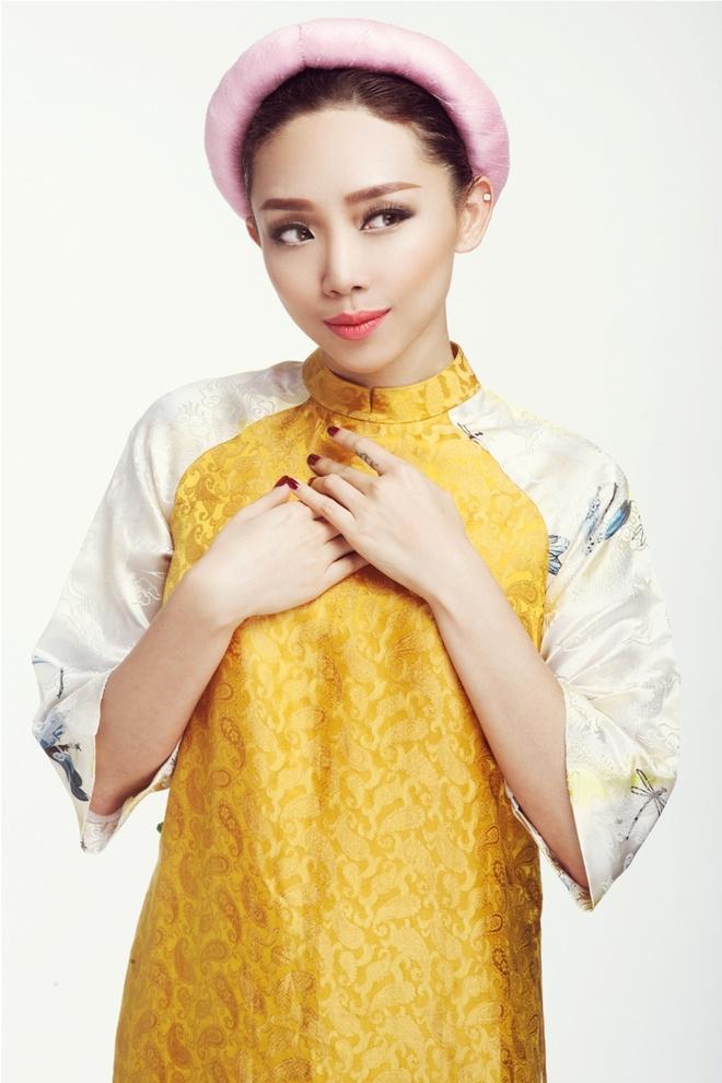 Toc Tien huy show de lam giam khao Vietnam Idol Kids hinh anh 1