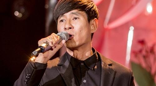 Ly Hai phong do tren san khau Thay loi muon noi hinh anh