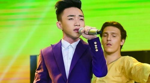 Quang Linh nhac nho khan gia co vu cho hot boy 18 tuoi hinh anh