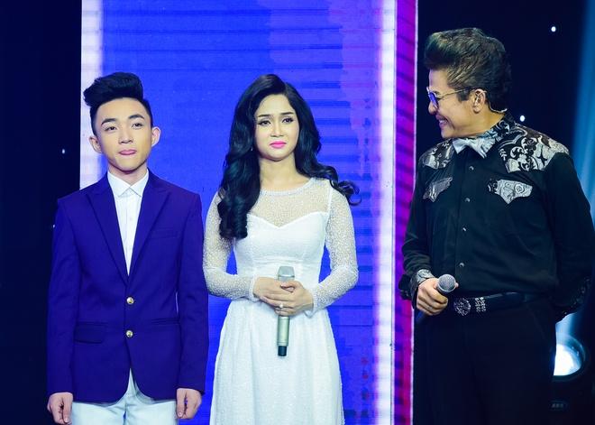 Quang Linh nhac nho khan gia co vu cho hot boy 18 tuoi hinh anh 2