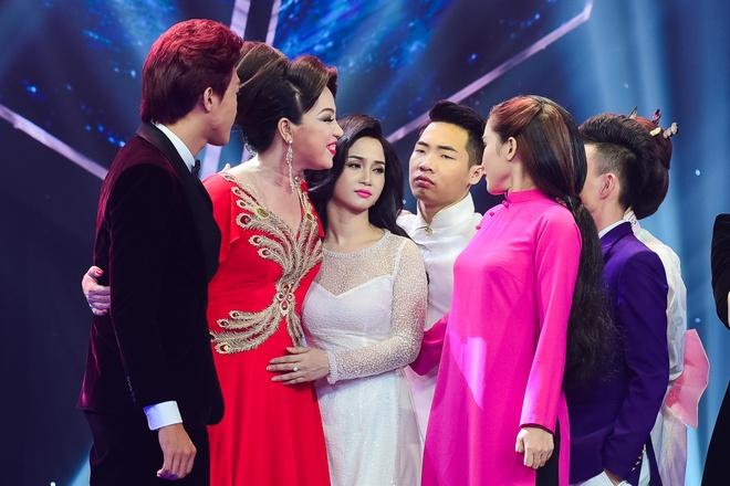 Quang Linh nhac nho khan gia co vu cho hot boy 18 tuoi hinh anh 15