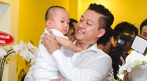 Tuan Hung be con trai toat mo hoi hinh anh