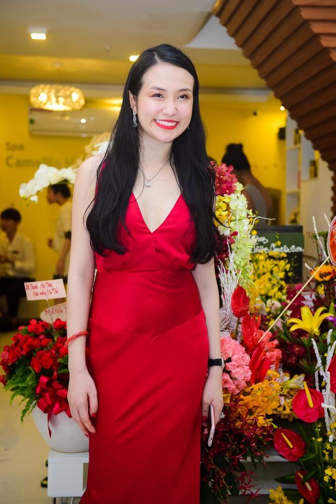 Vo chong Tuan Hung anh 6