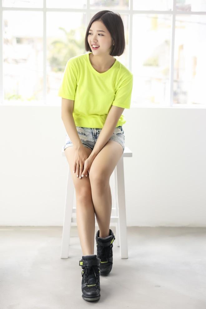 Suni Ha Linh: Tu nhan vien ngan hang tro thanh ca si 'hot' hinh anh 3