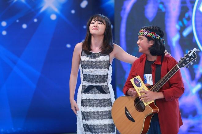 Cau be lai 12 tuoi toa sang tai Vietnam Idol Kids hinh anh 2