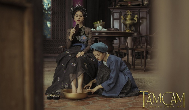 'Trang phuc Tam Cam khong giong phim co trang Trung Quoc' hinh anh 4