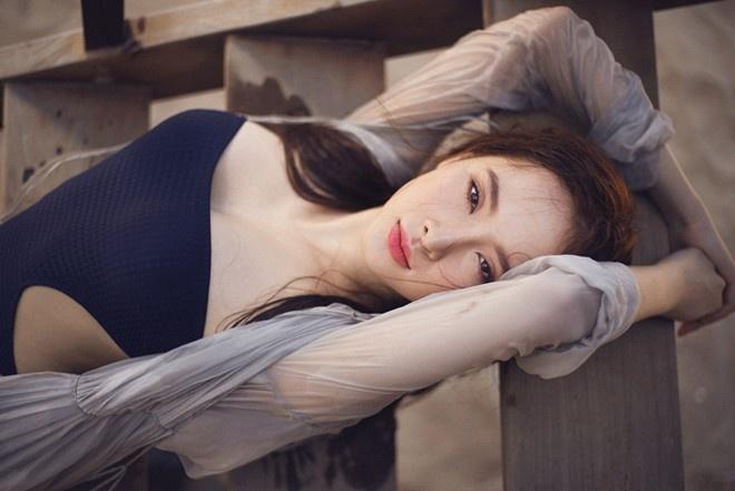 Angela Phuong Trinh: 'Muon xoa het hinh phan cam tren mang' hinh anh