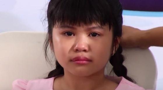 Thi sinh noi bat o Vietnam Idol Kids bat khoc vi gap su co hinh anh
