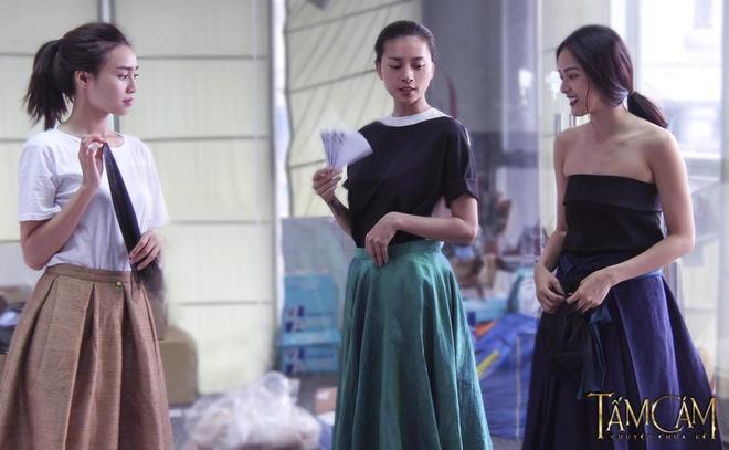 Toc Tien bo vai Cam du duoc Ngo Thanh Van 'do ni dong giay' hinh anh 3