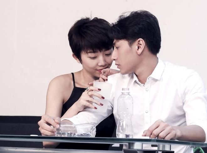 Toc Tien bo vai Cam du duoc Ngo Thanh Van 'do ni dong giay' hinh anh 2