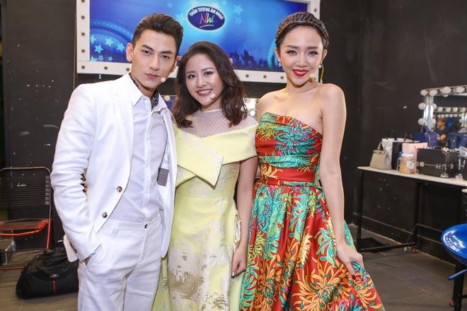 Toc Tien, Van Mai Huong xinh dep khi lam giam khao hinh anh 6