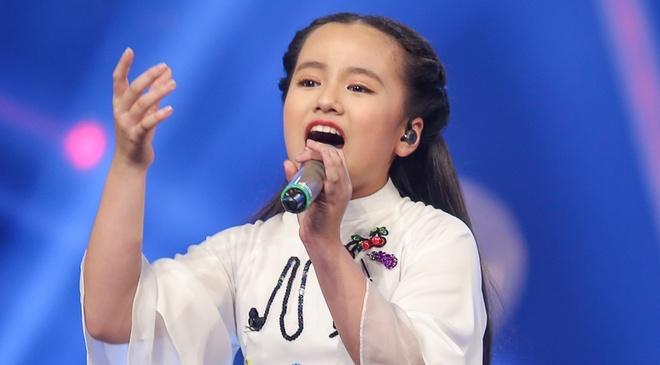 Co be xinh xan cua Vietnam Idol Kids khien Isaac 'rung dong' hinh anh
