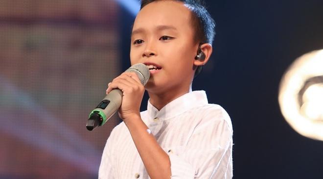 Cau be hat dam cuoi tiep tuc gay sot o Vietnam Idol Kids hinh anh
