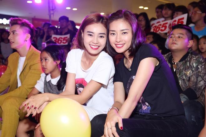 Ha Vi, Ngo Thanh Van quay tung trong le hoi 1/6 hinh anh 10