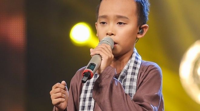Ho Van Cuong tiep tuc khien Van Mai Huong, Isaac bat khoc hinh anh