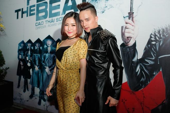 Huong Tram cung trai Tay den mung Cao Thai Son ra MV hinh anh 1