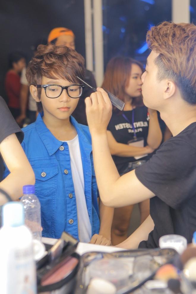 Isaac tranh thu 'lay long' thi sinh Vietnam Idol Kids hinh anh 9