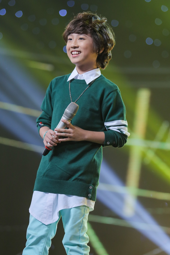 Giam khao bat day khoi ghe, tan thuong Ho Van Cuong hinh anh 11