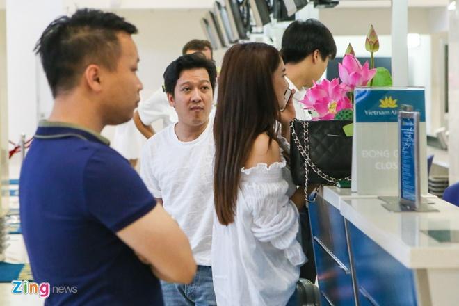 Truong Giang - Nha Phuong chay hoi ha o san bay vi tre gio hinh anh 8