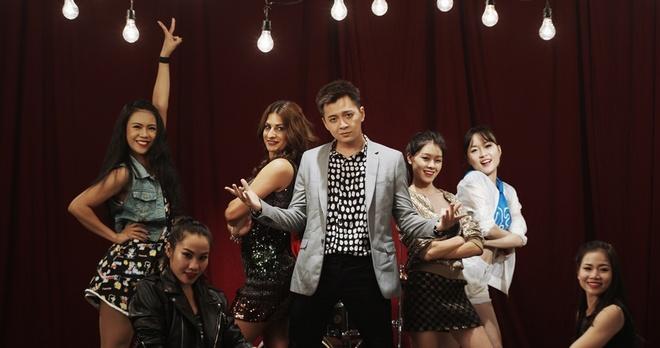 Ngo Kien Huy moi ban gai Tay dong MV hinh anh 2