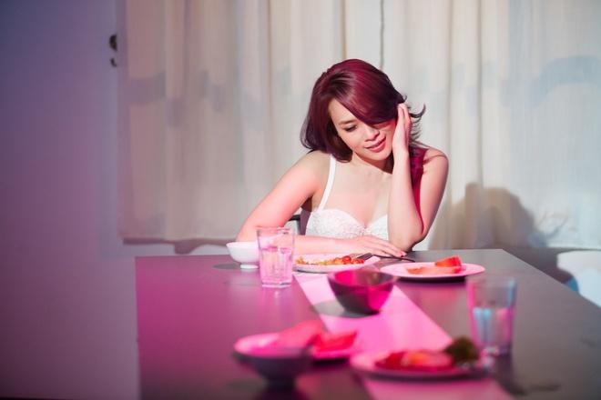 My Tam - Cuoc Tinh Khong May hinh anh