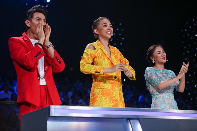 'Ho Van Cuong khong de dang len ngoi quan quan Idol Kids' hinh anh 1