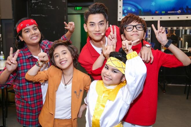 Thi sinh Vietnam Idol Kids cang thang truoc dem ban ket hinh anh 5